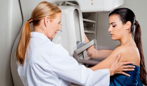 Un subtipo de cáncer de mama triple negativo, susceptible de tratamiento con inmunoterapia