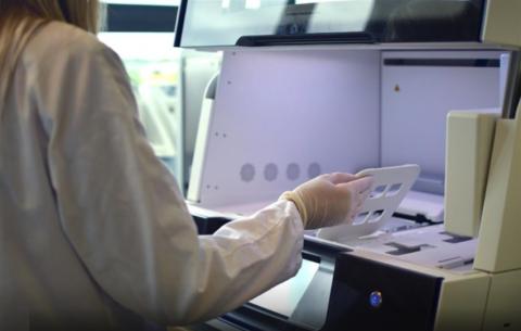Nuevos datos muestran la efectividad de los estudios genómicos combinados de biopsia sólida y líquida en cáncer