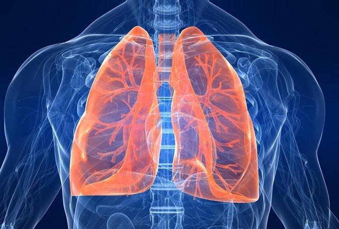 Osimertinib como primera línea de tratamiento para cáncer de pulmón no microcítico.
